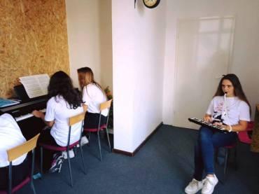 Pianoforte and Giffoni Macedonia