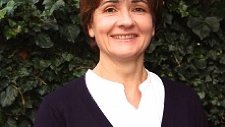 Виолета Стефановска Шуковиќ –  основач и професор по пијано